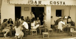 BAR COSTA HIPPIE